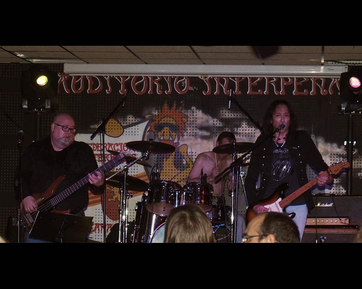 Vivo Rock Band en Interpeñas